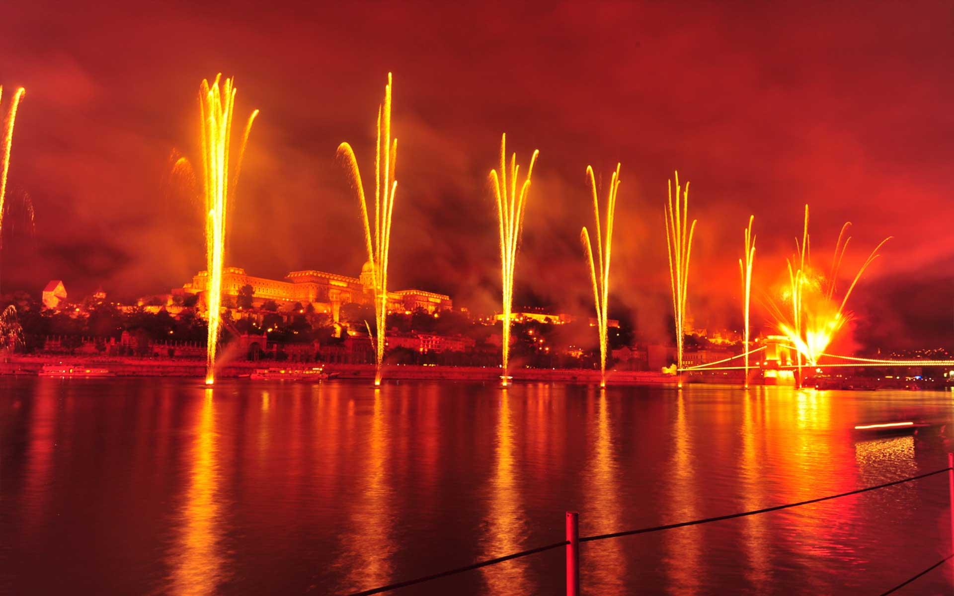 ohňostroj Budapešť